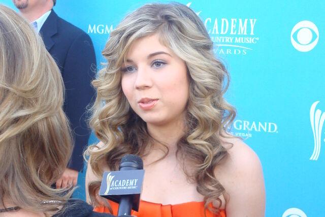 File:Jennette McCurdy 2010 2.jpg