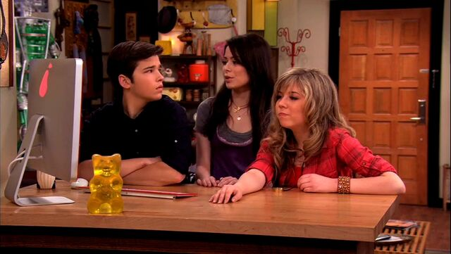 File:ICarly.S04E09.iPity.the.Nevel-HD.480p.WEB-DL.x264-mSD.mkv 001068694.jpg