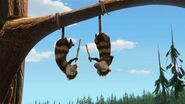 Crash-and-Eddie-acrobats