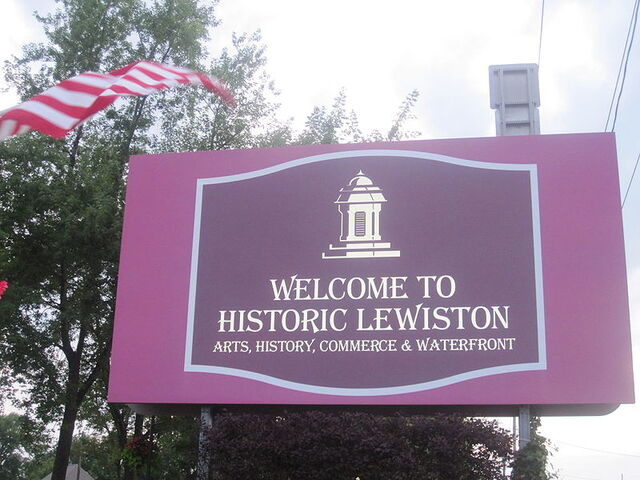 File:Lewiston, New York.jpg