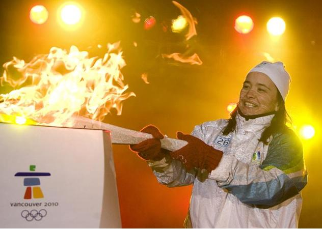 File:Sunohara 2010Torch.jpg