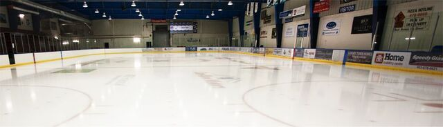 File:Canmore Recreation Centre indoor photo.jpg