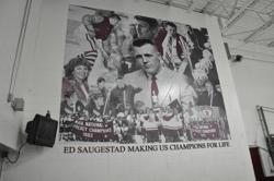 File:Ed Saugestad mural.jpg
