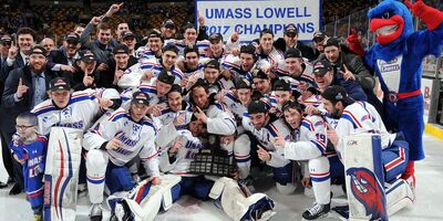 2017 Hockey East Men's Champions UMass-Lowell River Hawks