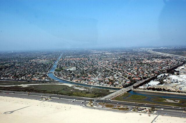 File:Huntington Beach, California.jpg