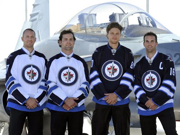 File:Jets 2011jerseys.jpg