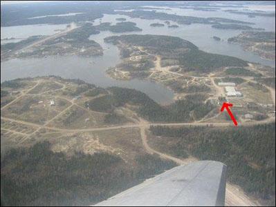 File:Gods Lake Narrows, Manitoba.jpg