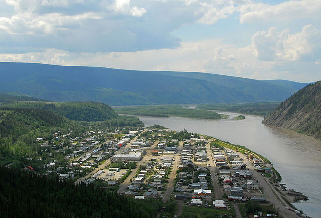 File:Dawson City.jpg