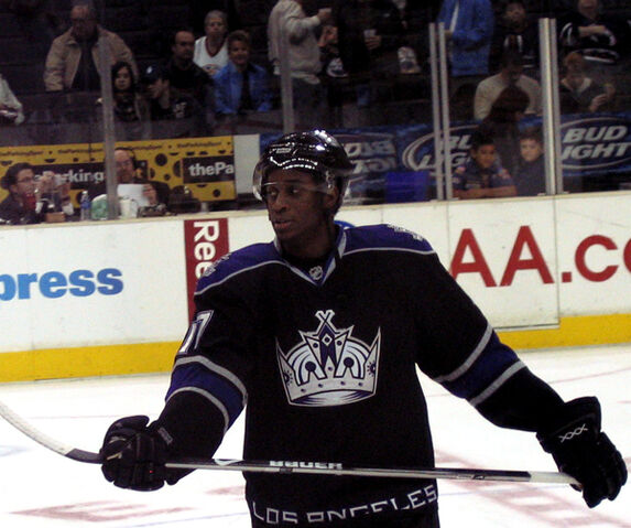 File:WayneSimmonds.jpg