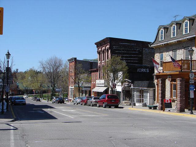 File:Gananoque, Ontario.jpg
