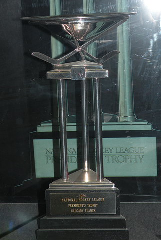 File:1989 Flames Presidents Trophy.PNG