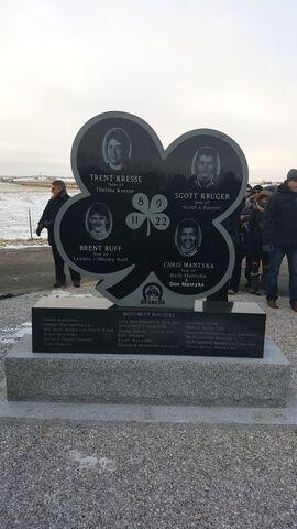 File:Four Broncos Memorial.jpg