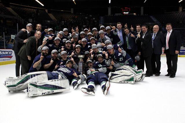 File:2017 WHL champs Seattle Thunderbirds.jpg