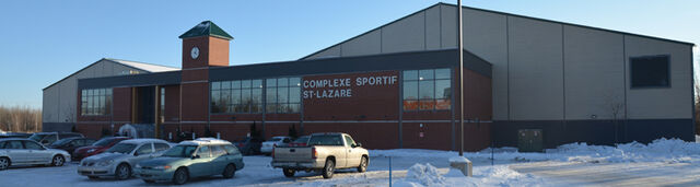 File:Complexe Sportif St-Lazare.jpg