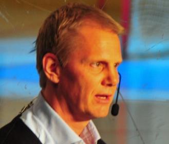 File:NiklasWikegård.jpg