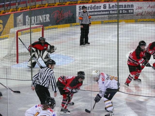 File:HC Lugano vs. OSC Berlin.jpg