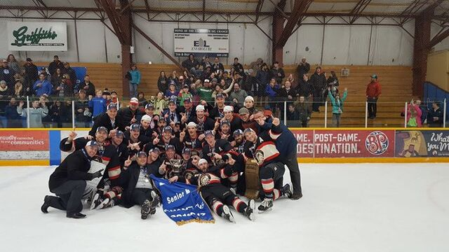 File:2017 Coy Cup champs Whitehorse Huskies.jpg