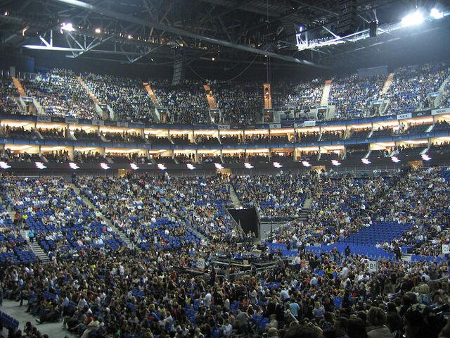 File:O2 arena.jpg
