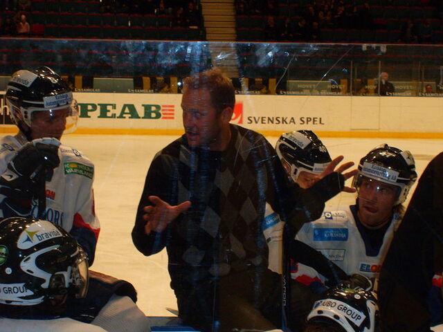 File:Magnus Arvedson.JPG
