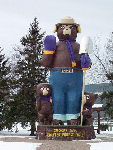 File:International Falls, Minnesota.jpg
