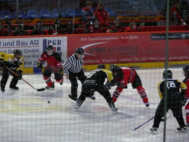 File:OSC Berlin vs Herlev Hornets.jpg