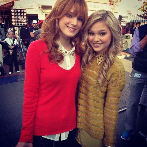 File:Olivia with Bella Thorne.jpg
