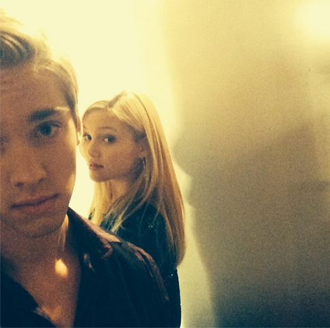 File:Austin and Olivia Twin Shoot.png
