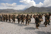 Training Afghan soldiers in Kandahar -b