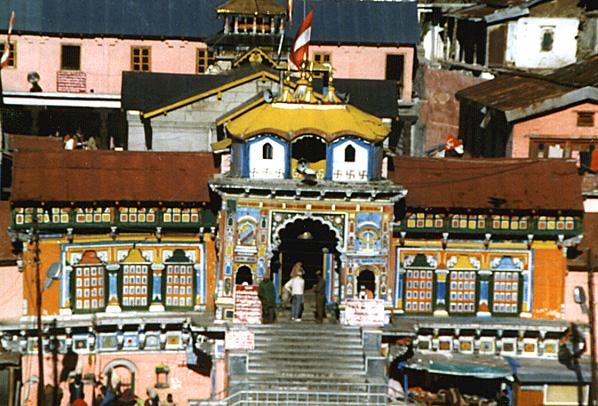 File:Badrinath temple.jpg