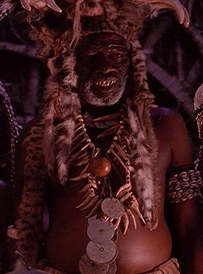File:Pahouin chief.jpg