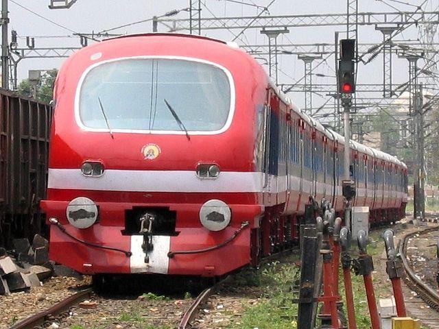 File:India Train.jpg