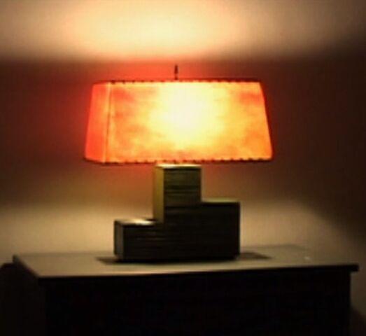 File:Bedroom lamp-0.jpg