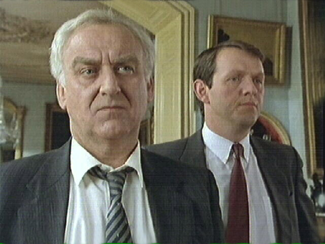 File:Inspector Endeavour Morse with Sergeant Robbie Lewis.jpg