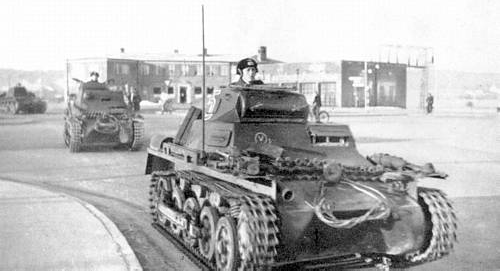 File:Weserbung-Sd Panzers.png