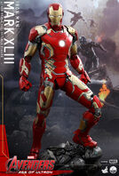 Hot-Toys-QS005-Iron-Man-Mark-XLIII-Figure-e1427914597838