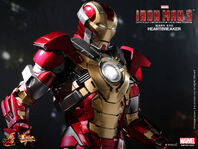 Hot-Toys-Iron-Man-3-Heartbreaker-Mark-XVII-Limited-Edition-Collectible-Figurine PR8