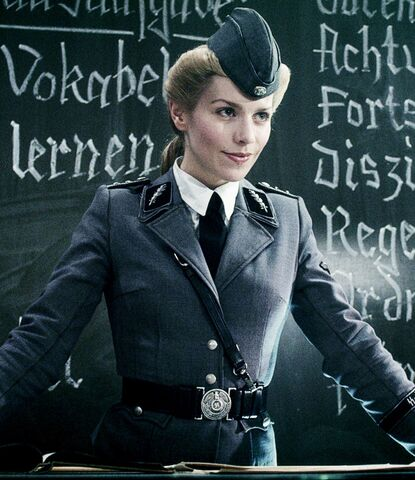 File:Iron-Sky-Julia-Dietze2.jpg