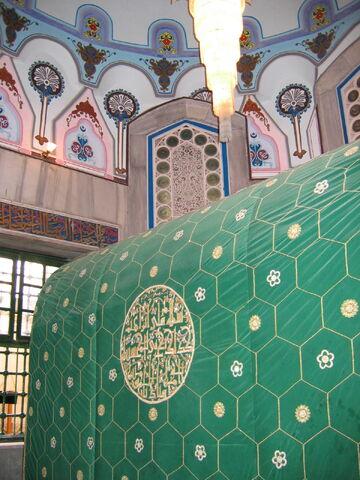 File:Abraham tomb.JPG