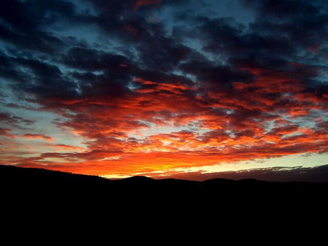 File:Red sunrise.jpg