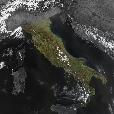 File:Penisola italiana evidenziata.jpg