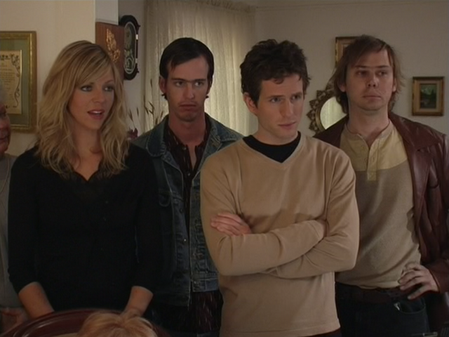 File:1x7 Dee, Dennis, McPoyles.png