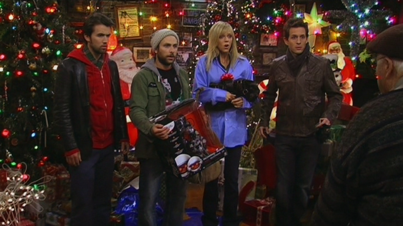 Image - A Very Sunny Christmas (45).png | It's Always Sunny in ...