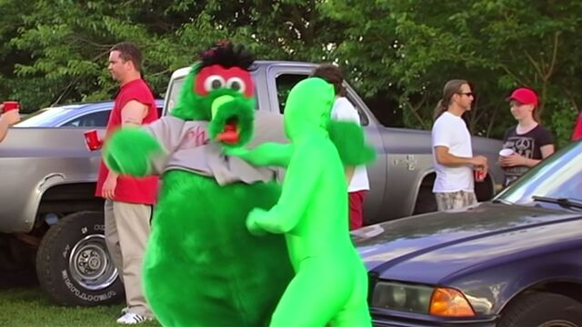 File:He's got a stranglehold on the Philly mascot scene!.jpg