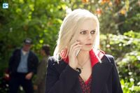 IZombie - Episode 1.05 - Flight of the Living Dead - Promotional Photos (2) 595 Mini Logo TV white - Gallery