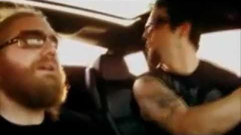 Bam Margera and Ryan Dunn Get Pulled Over!