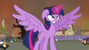 Twilight in her Alicorn form ready to fight