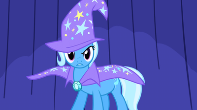 Trixie staring at the crowd S1E6