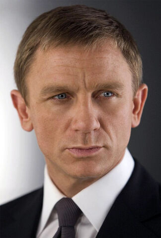 File:James Bond (Quantum of Solace).jpg