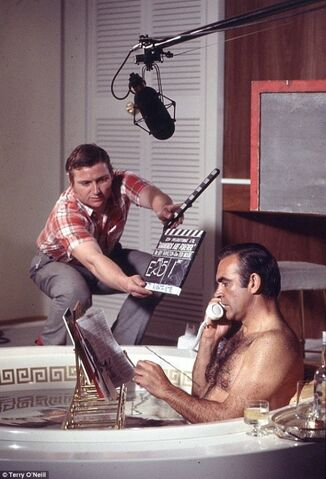File:Sean-connery-reading-on-the-set-of-diamonds-are-forever-1971.jpg