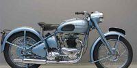 650 CC Triumph Thunderbird Motorbike